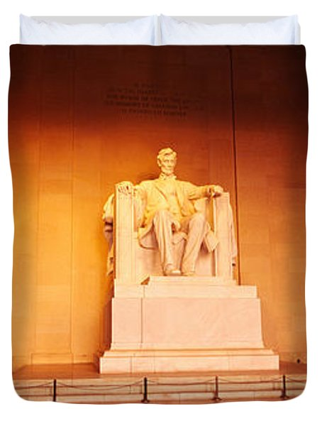 Low Angle View Of A Statue Of Abraham Duvet Cover by Panoramic Images