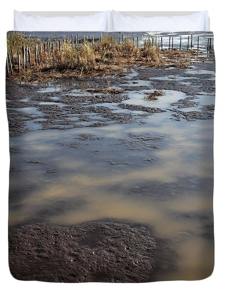 Low Tide At Blackwater Wildlife Refuge In Maryland Duvet Cover