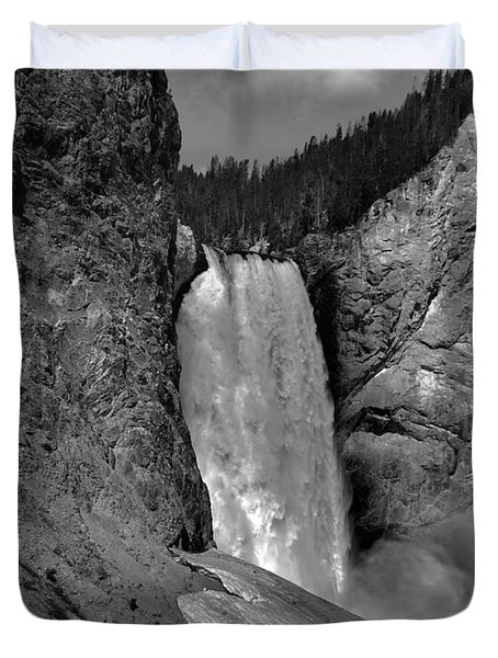 Lower Falls In Yellowstone In Black And White Duvet Cover by Dan Sproul