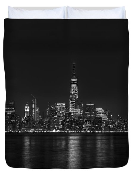 Lower Manhattan Skyline Black And White Duvet Cover