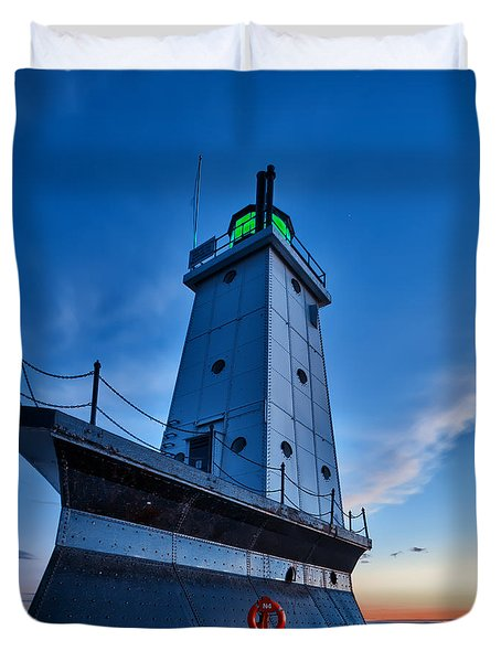 Duvet Cover featuring the photograph Ludington Lighthouse by Sebastian Musial
