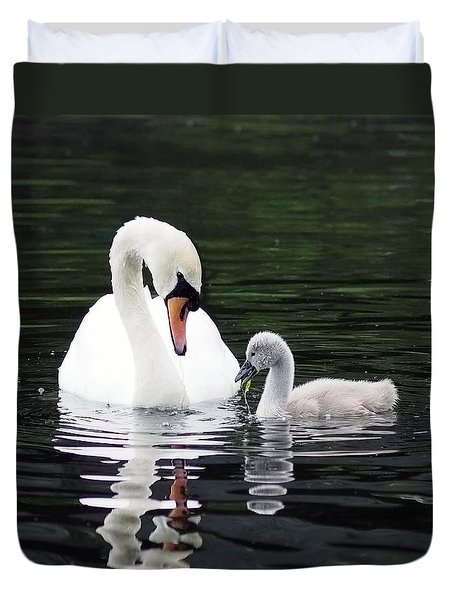 Duvet Cover featuring the photograph Lunchtime For Swan And Cygnet by Rona Black