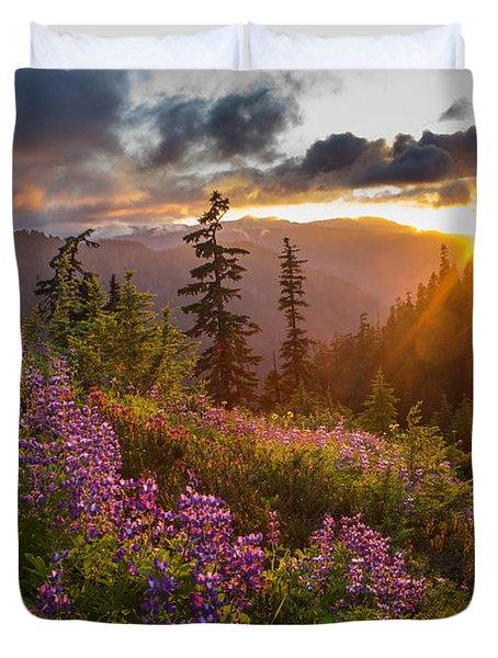 Lupine Meadows Sunstar Duvet Cover
