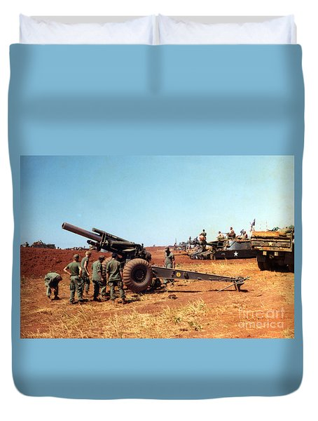 M114 155 Mm Howitzer Was A Towed Howitzer 4th Id Pleiku Vietnam Novembr 1968 Duvet Cover