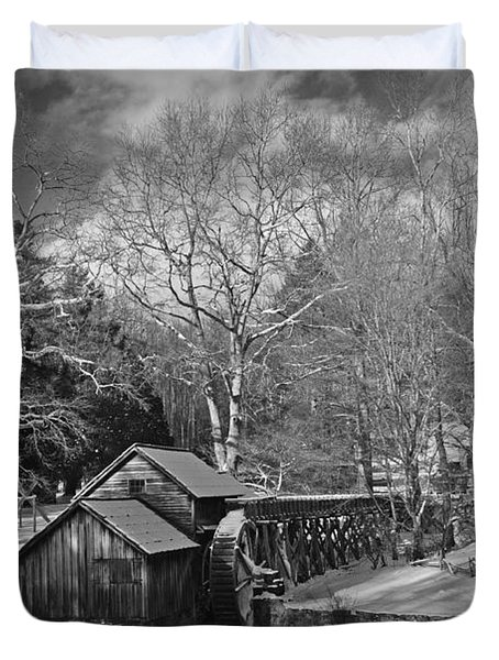 Mabry Mill In Snow Duvet Cover