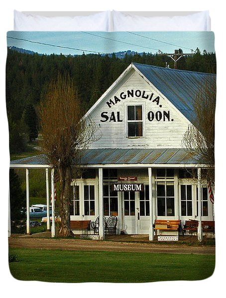 Duvet Cover featuring the photograph Magnolia Saloon by Sam Rosen