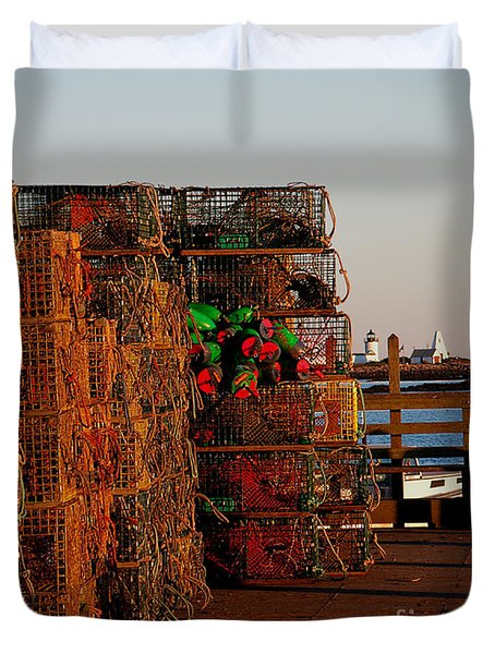 Maine Traps Duvet Cover