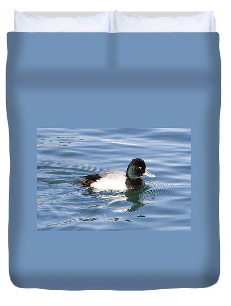 Male Lesser Scaup Duvet Cover by Shoal Hollingsworth