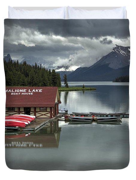 Maligne Lake Jasper Park Duvet Cover