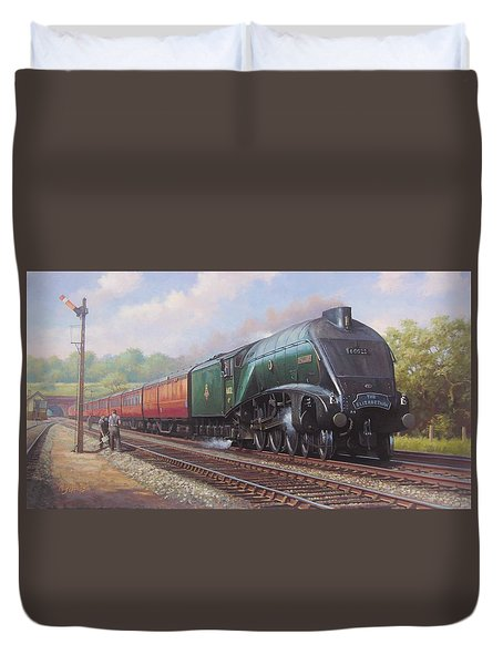 Mallard On The Elizabethan. Duvet Cover by Mike  Jeffries