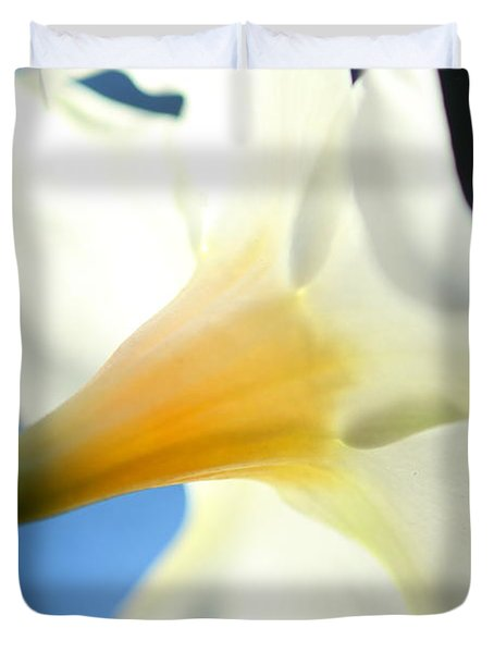 Duvet Cover featuring the photograph Mandevilla by Greg Allore