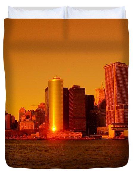 Manhattan Skyline At Sunset Duvet Cover