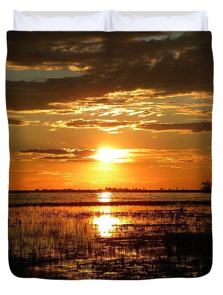 Duvet Cover featuring the photograph Manitoba Sunset by James Petersen