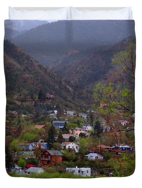Duvet Cover featuring the photograph Manitou To The South IIi by Lanita Williams