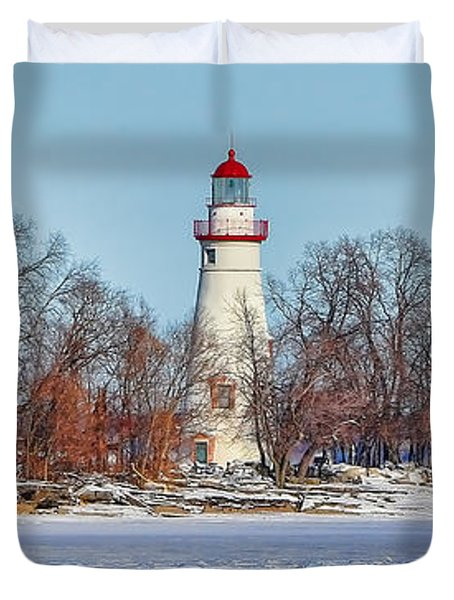Marblehead Lighthouse In Winter Duvet Cover
