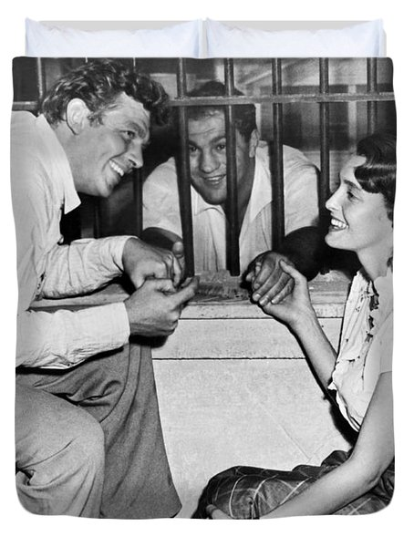Marciano In A Movie Jail Set Duvet Cover by Underwood Archives