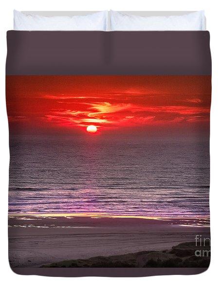 Marine Sunset Duvet Cover by Robert Bales