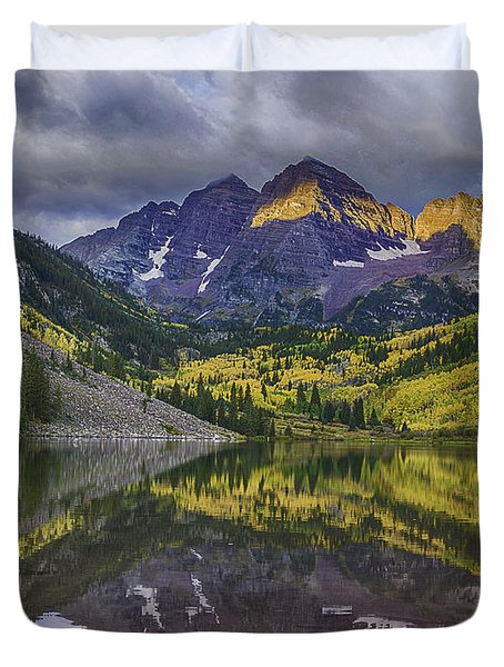 Maroon Bells Morning Sun Duvet Cover