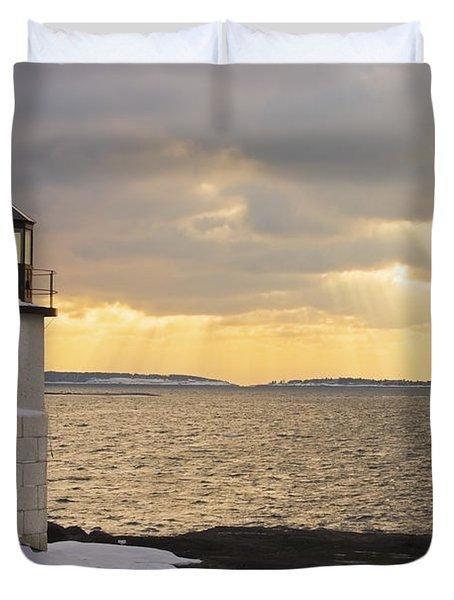Marshall Point Lighthouse In Winter Maine  Duvet Cover