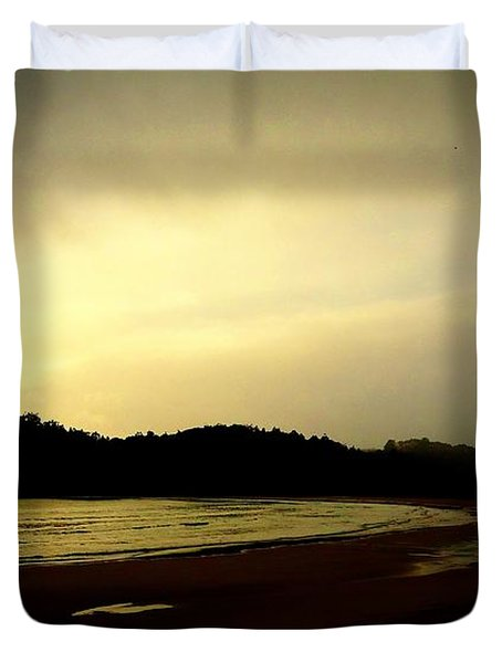 Matapouri At Sunrise Duvet Cover