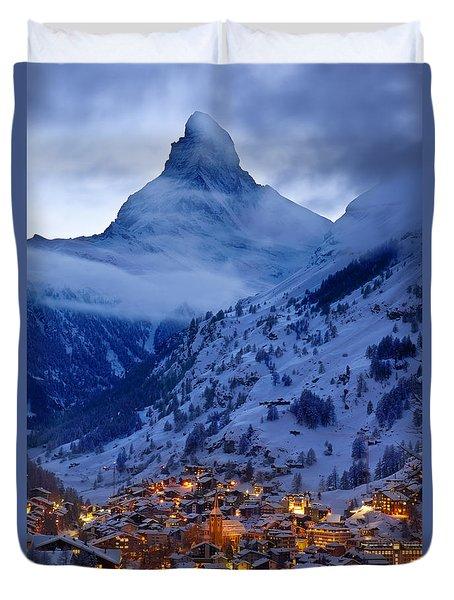 Duvet Cover featuring the photograph Matterhorn At Twilight by Brian Jannsen