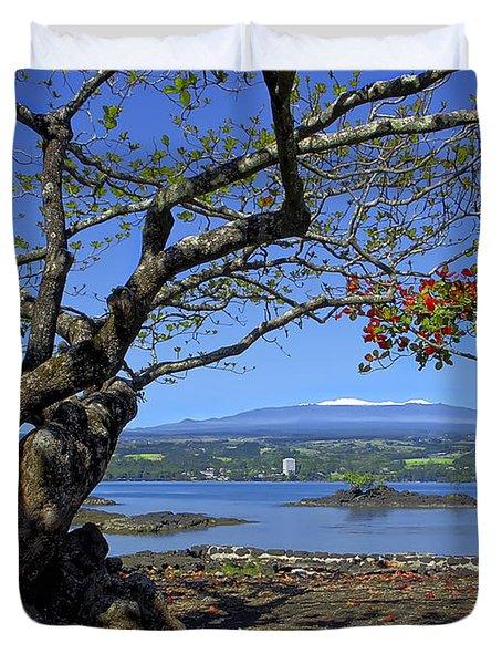 Mauna Kea Volcano Over Hilo Bay Hawaii Duvet Cover by Daniel Hagerman