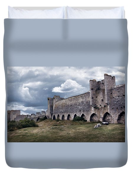 Medieval City Wall Defence Duvet Cover