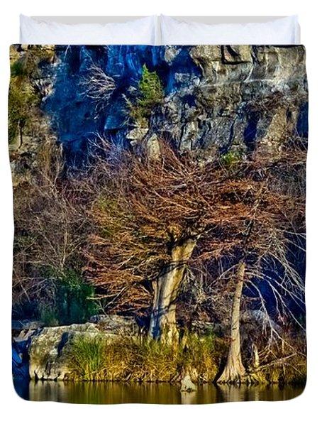 Medina River At Comanche Cliffs Duvet Cover