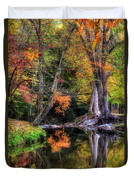 Meeks Park In Fall Duvet Cover