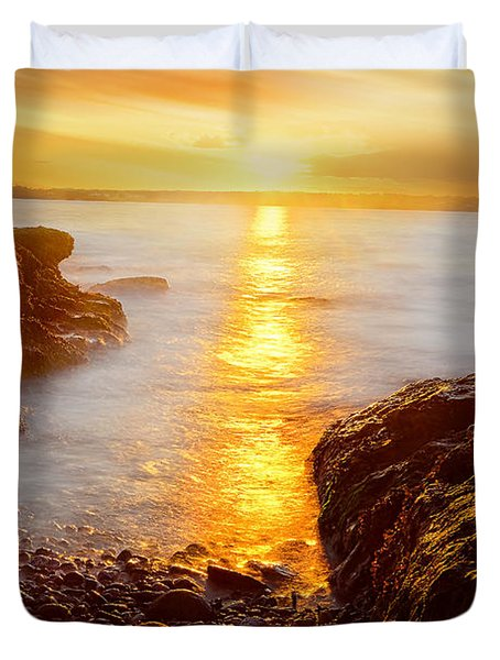 Memory Of Sunset - Rhode Island Sunset Beavertail State Park At Dusk  Duvet Cover
