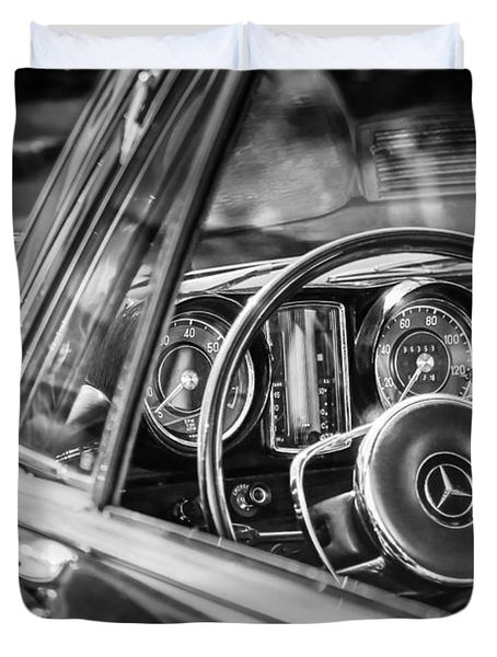 Mercedes-benz 250 Se Steering Wheel Emblem Duvet Cover by Jill Reger