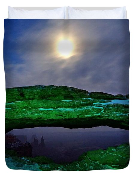 Duvet Cover featuring the photograph Mesa Arch In Green by David Andersen