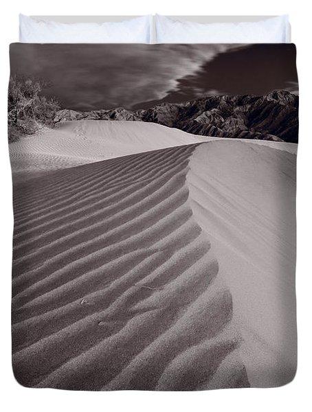 Mesquite Dunes Death Valley B W Duvet Cover