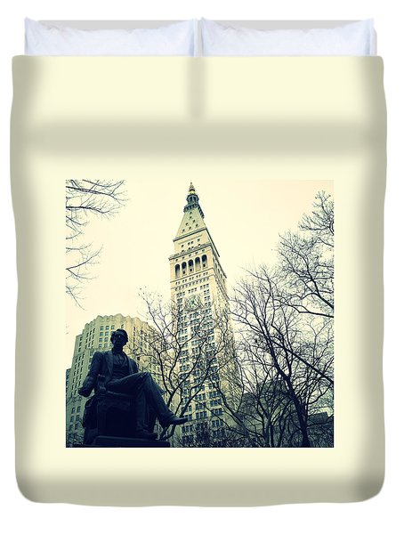 Met Life And Madison Square Park Duvet Cover