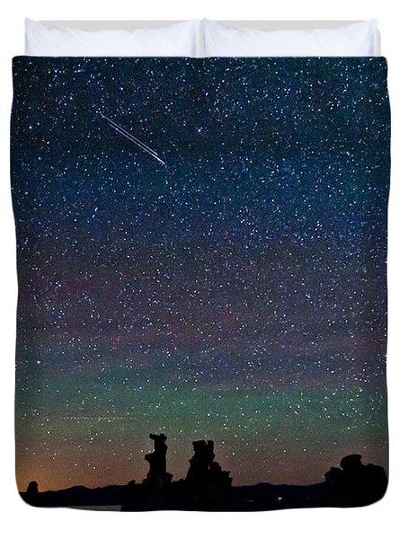 Meteors Over Mono Lake Duvet Cover