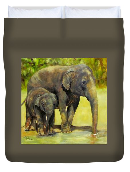 Thirsty, Methai And Baylor, Elephants  Duvet Cover