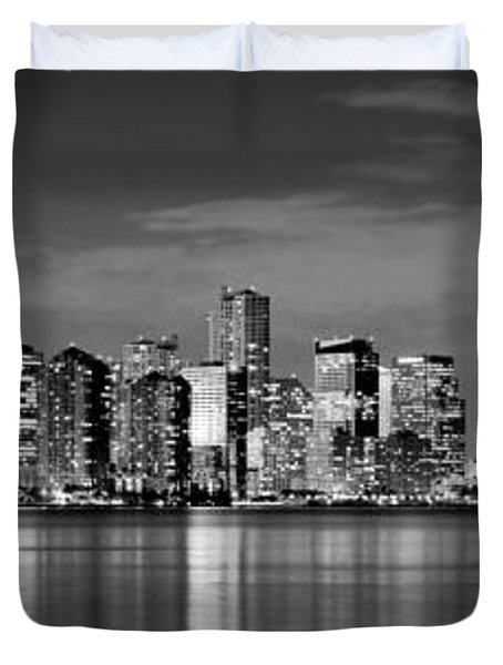 Miami Skyline At Dusk Black And White Bw Panorama Duvet Cover