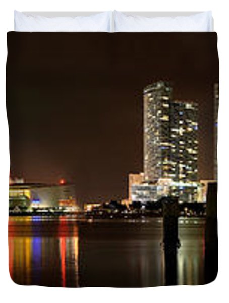 Miami - Skyline Panorama Duvet Cover