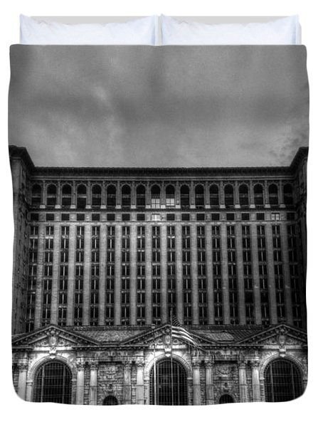 Michigan Central Station Bw Duvet Cover