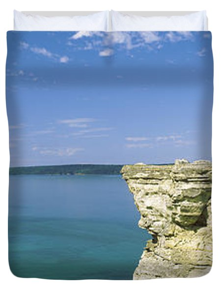 Miners Castle, Pictured Rocks National Duvet Cover