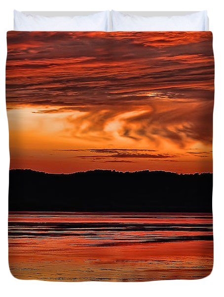 Duvet Cover featuring the photograph Mississippi River Sunset by Don Schwartz