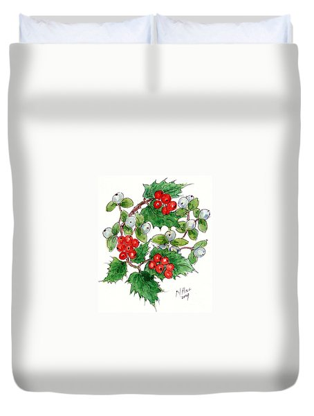 Mistletoe And Holly Wreath Duvet Cover by Nell Hill