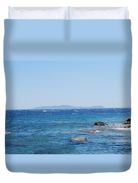 Duvet Cover featuring the photograph Mistral.force 6 by George Katechis