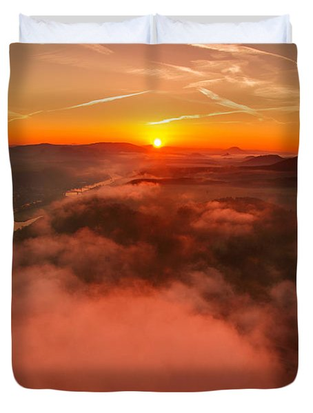 Misty Sunrise On The Lilienstein Duvet Cover
