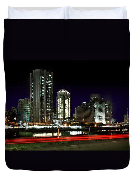 Modern Sao Paulo Skyline Near Brooklin District And Stayed Bridge Duvet Cover