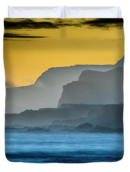 Molokais North Shore Sea Cliffs Duvet Cover