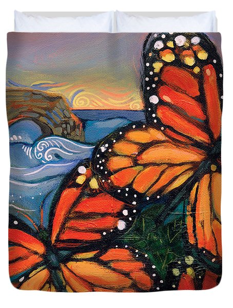 Monarch Butterflies At Natural Bridges Duvet Cover