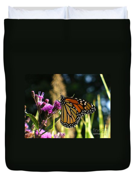 Duvet Cover featuring the photograph Monarch Butterfly by Lingfai Leung