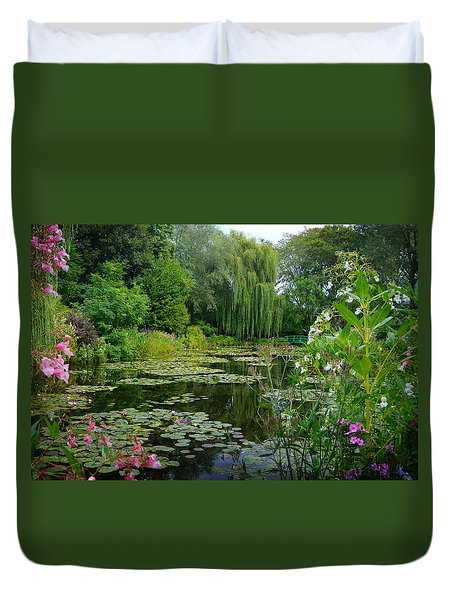 Monet's Pond With Waterlilies And Bridge Duvet Cover by Carla Parris