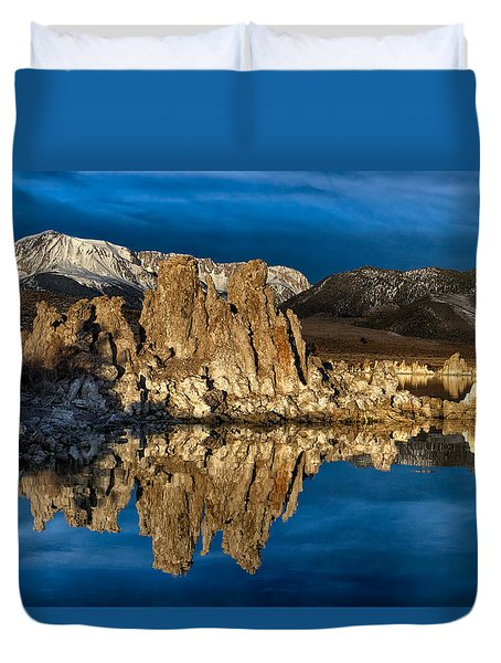 Mono Lake In March Duvet Cover